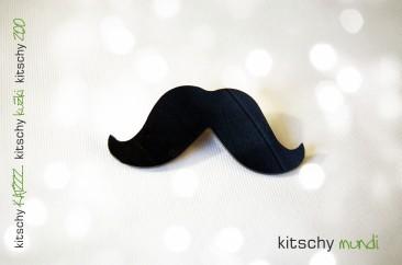 BROŠKA Brki . BROOCH Mustache