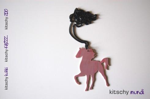 KITSCHY konj verizica roza